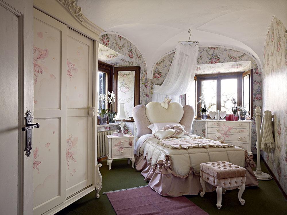 Pink addict classic bedroom volpi gruppo inventa for Arredamento volpi